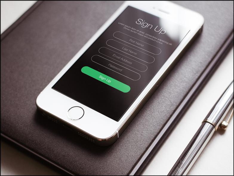 図1:Liferay画面サインアップスクリーンレットにより、ユーザーはポータルでアカウントを作成できます。